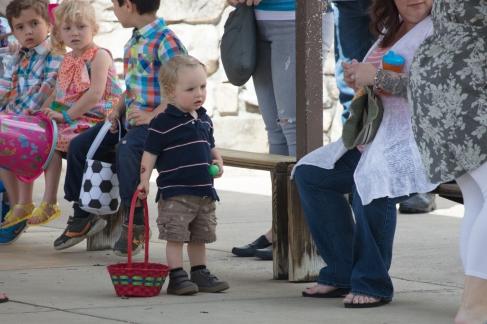 church easter egg hunt-5